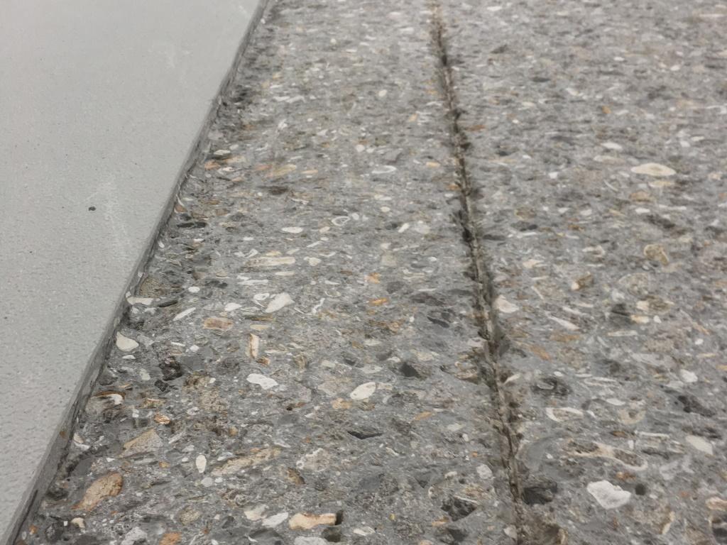 Rabotage d'une dalle en béton